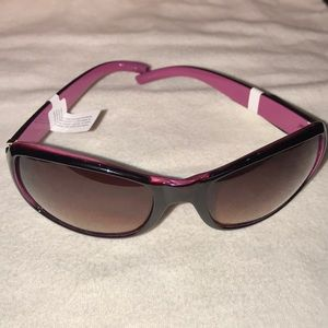 f7657bf7a35 Juicy Couture Accessories - Juicy Couture black deep rose pink sunglasses  NWT